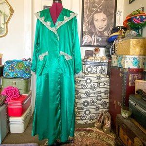 elegant emerald lace Victoria's Secret robe L